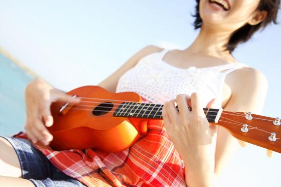 原來烏克麗麗不是近代的樂器!!!